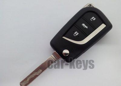 שכפול מפתחות רכב טויוטה אוונסיס