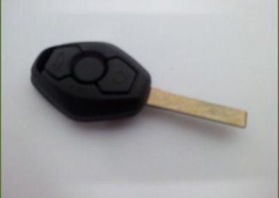 מפתח במוו X5