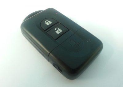 מפתחות ניסן NV200